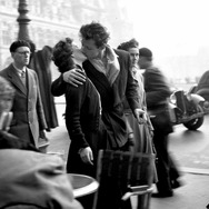 『パリが愛した写真家 ロベール・ドアノー<永遠の3秒>』(C)2016/Day For Productions/ARTE France/INA (C)Atelier Robert Doisneau