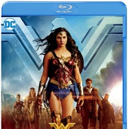 『ワンダーウーマン』WONDER WOMAN AND ALL RELATED CHARACTERS AND ELEMENTS ARETRADEMARKS OF AND (c) DC COMICS. (c) 2017 WARNER BROS.ENTERTAINMENT INC. AND RATPAC-DUNE ENTERTAINMENT LLC. ALL RIGHTS RESERVED.